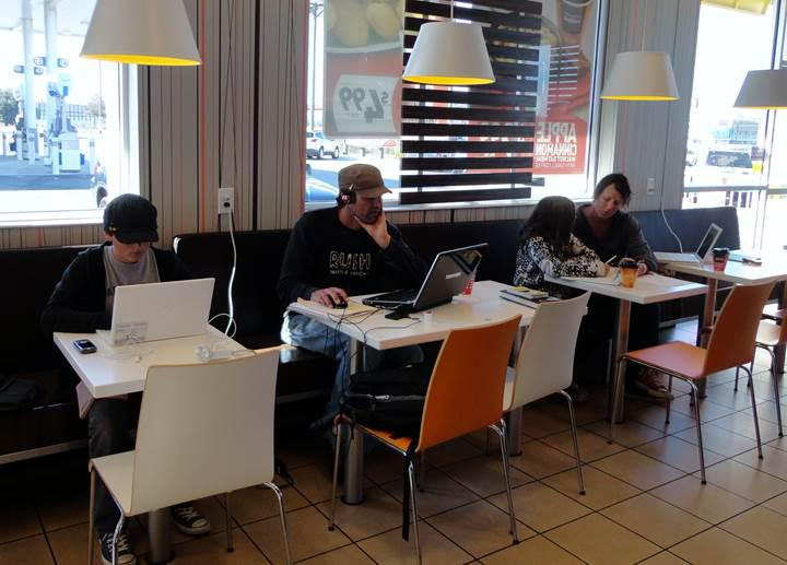 McDonald's, restoranlarındaki WiFi üzerinden porno sitelere erişimi yasakladı