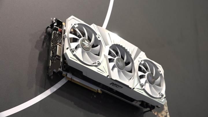 İşte en kaslı GeForce GTX 1080 ekran kartı ve 4GHz'de çalışan oyuncu RAM'leri