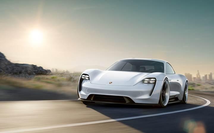 Porsche Mission E'yi hayata geçirmek için 1400 kişiyi işe alacak