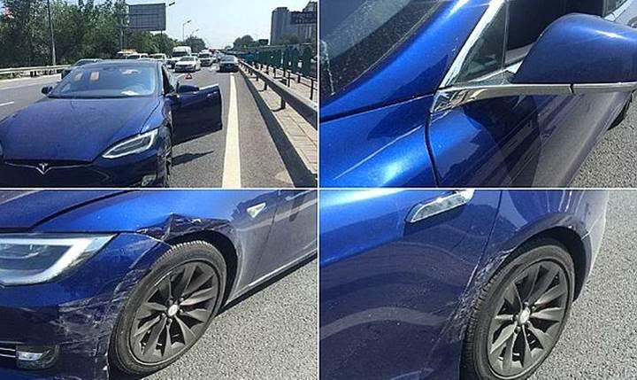 Tesla'nın otomatik pilotu yine kaza yaptı