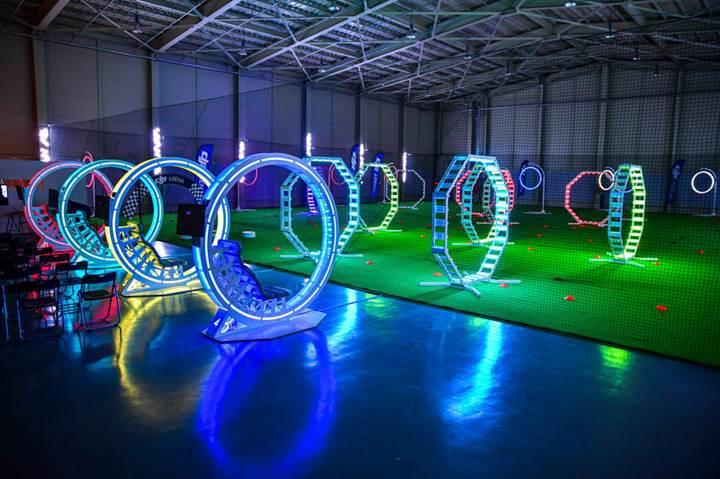 Dünyanın ilk drone parkı DJI Arena açıldı