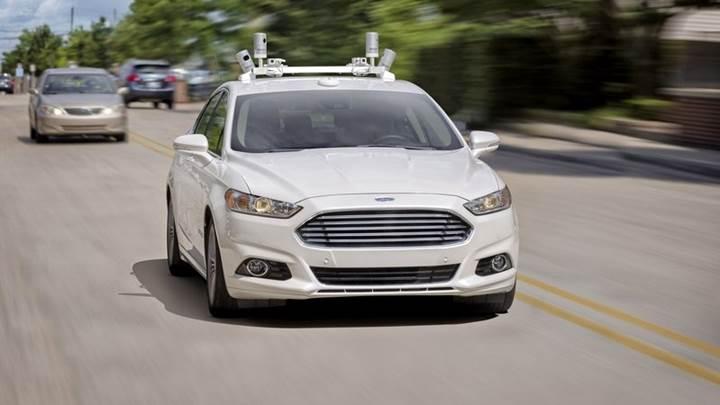 Ford 2021'e kadar tam otonom aracını yollara çıkarmayı planlıyor