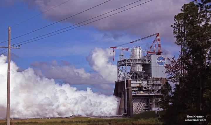 İnsanoğlunu Mars'a götürecek dev roketin ikincil motoru işte böyle test edildi (Video)