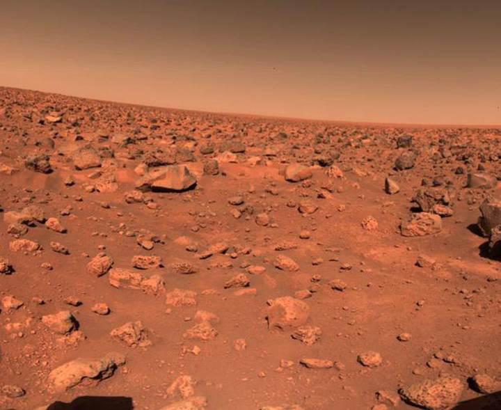 40 yıl oldu: İşte Mars yüzeyinden gelen ilk fotoğraf