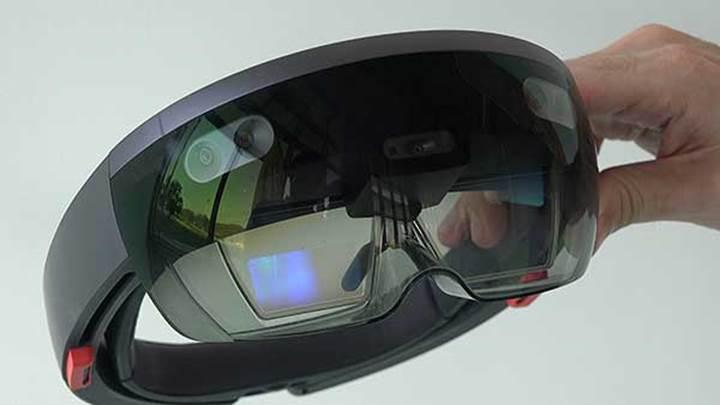 Microsoft HoloLens'i denedik
