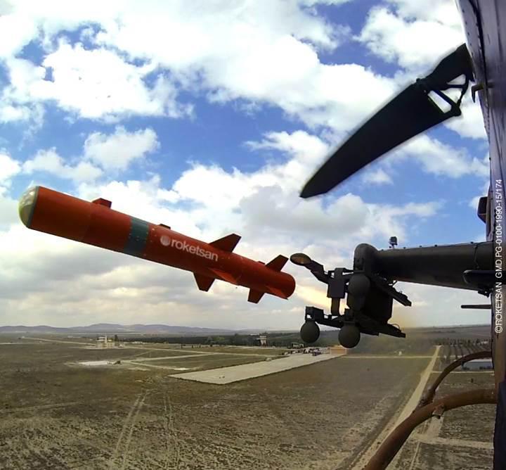 TSK, Cobra Helikopterinden atılan UMTAS füzeli video yayınladı