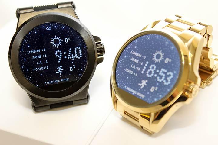 Michael Kors'un modaya uygun şık akıllı saati satışa çıktı