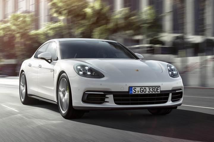 Yeni Porsche Panamera 4 E-Hybrid, 2016 Paris Otomobil fuarında görücüye çıkacak