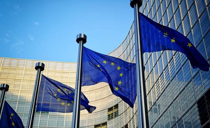 Avrupa Birliği, 2020'de Avrupa şehirlerine ücretsiz Wi-Fi sunmayı planlıyor