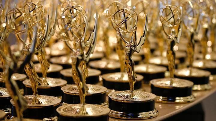 2016 Emmy Ödülleri sahiplerini buldu