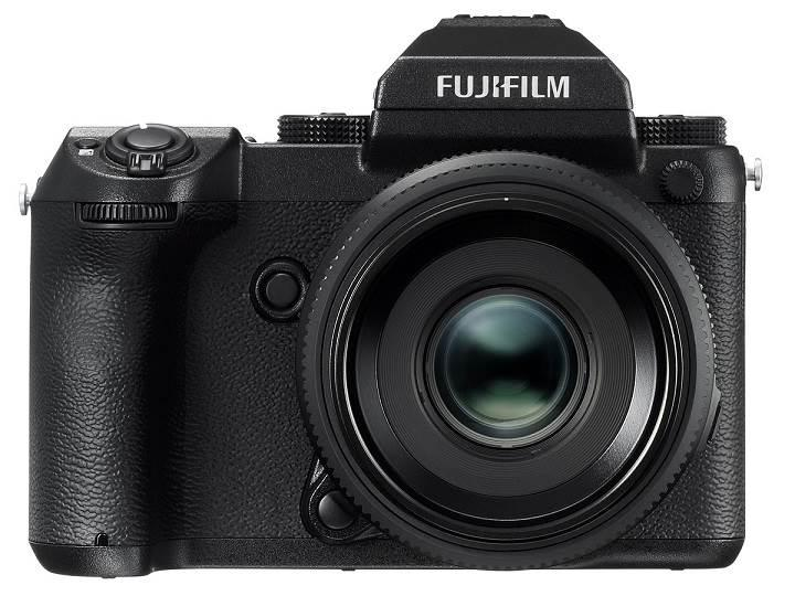 Fujifilm GFX 50S, büyük sensörü ile dikkat çekiyor