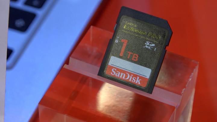 Sandisk 1TB SD kart mercek altında 'Tüm arşivinizi tek bir SD karta sığdırın'