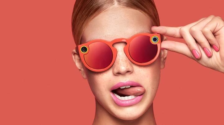 Snapchat, kameralı gözlüğünü duyurdu