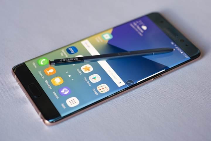 Galaxy Note 7′deki batarya sorunu cihaza olan talebi azaltmadı