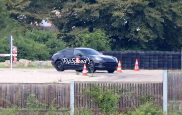Porsche, BMW X6'ya rakip Cayenne Coupe geliştiriyor