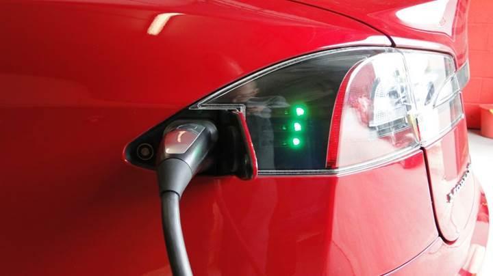 Tesla 3. çeyrekte önceki çeyreğe göre %70 fazla araç teslimi gerçekleştirdi