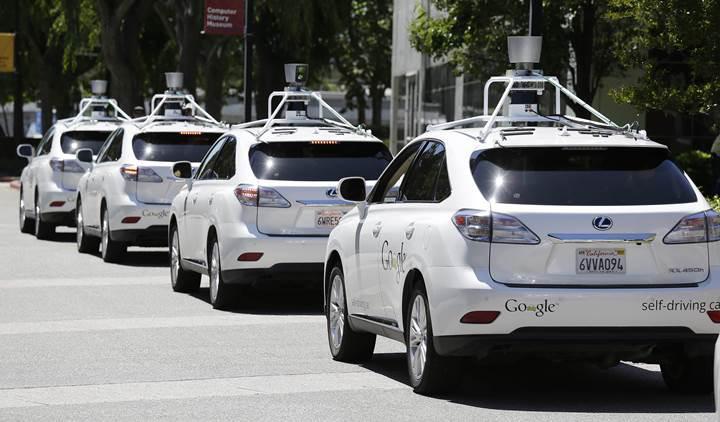 Google: Otomobil değil, sürücü yapıyoruz