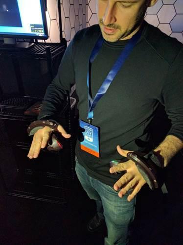 Valve'in sıradaki VR hamlesi bileklik olabilir