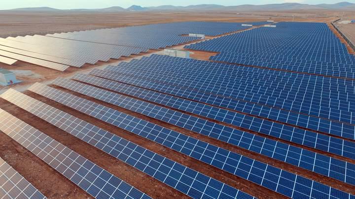 Konya'ya 1 milyar dolarlık güneş enerjisi yatırımı