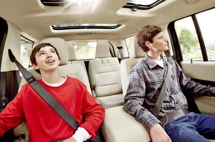 Dikkat: Arka koltukta emniyet kemeri takmayana ceza