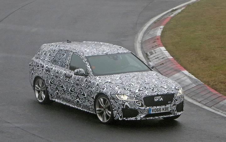 Jaguar XF Sportbrake test esnasında kameralara yakalandı