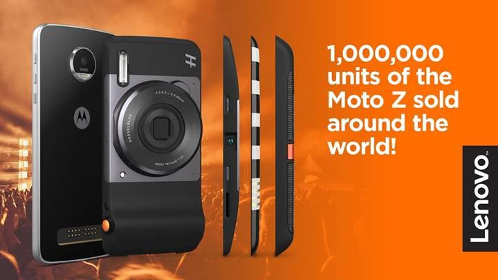 Lenovo 1 milyon Motorola Moto Z sattı