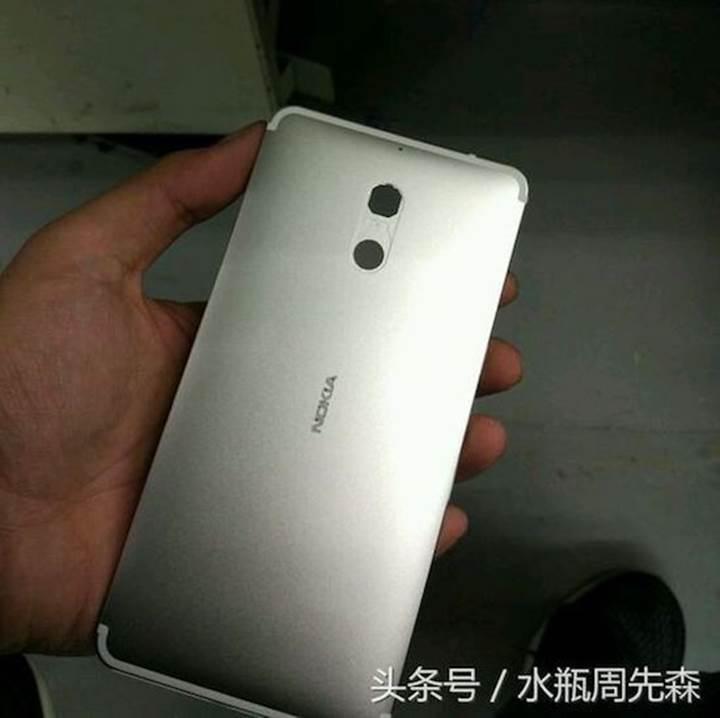 Yeni Nokia telefonun kasa görselleri sızdırıldı