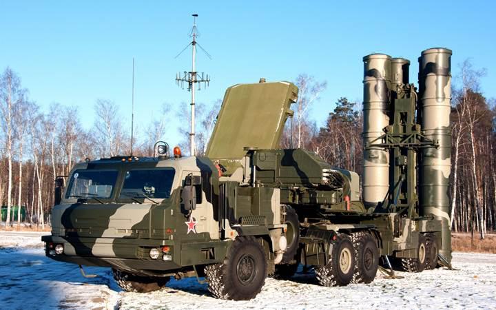 Uzun menzilli hava savunma sistemi için Rusya'ya yeşil ışık