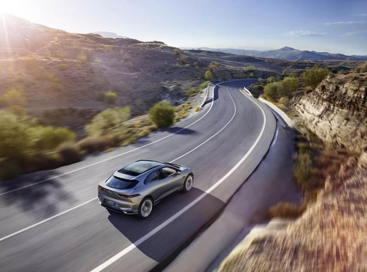 Jaguar'dan Tesla Model X'e rakip geldi: I-Pace