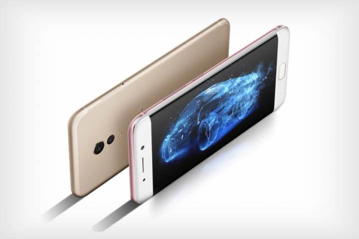 Kavisli ekranlı bir telefon da Vivo'dan