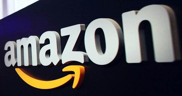 Amazon Souq'u almak için masada