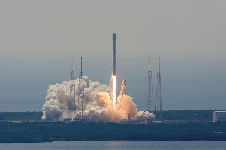 NASA'dan SpaceX'e tam 112 milyon dolar değerinde kontrat