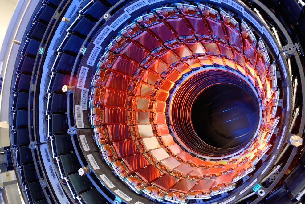 CERN'deki Büyük Hadron Çarpıştırıcısında robotik denetleyici kullanılacak