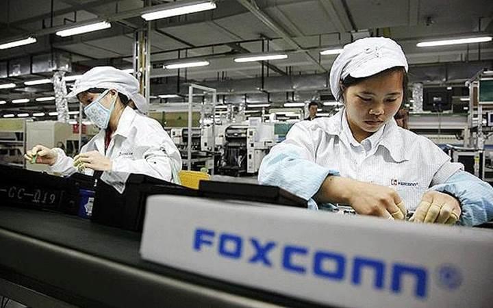 Foxconn yöneticisi fabrikadan 5700 adet iPhone çaldı!