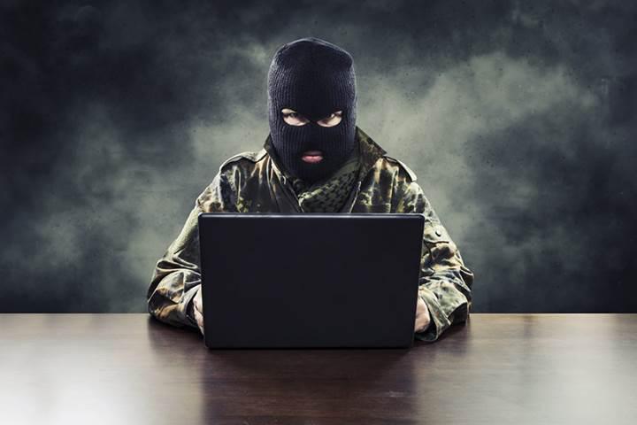Fransa hükümeti IŞİD web sitelerini ziyaret eden bir kişiyi tutukladı