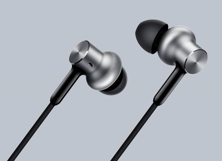 Xiaomi'den Luca Bignardi imzalı yeni kulaklık