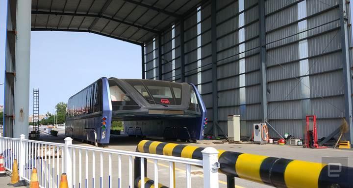 Çin'in yenilikçi otobüs projesi çürümeyi bekliyor