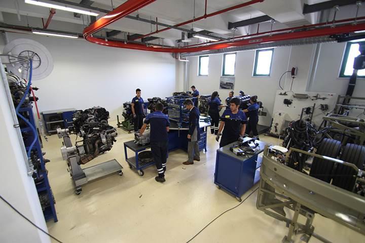Mercedes-Benz Türk - Hoşdere Teknik Eğitim Merkezi'nden özel sektöre eğitim ve gelişim programları