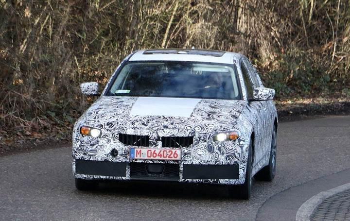 Yeni nesil G20 kasa kodlu BMW 3 Serisi test esnasında görüntülendi