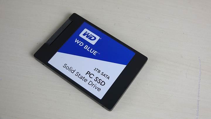 WD Blue 1TB SSD inceleme videosu