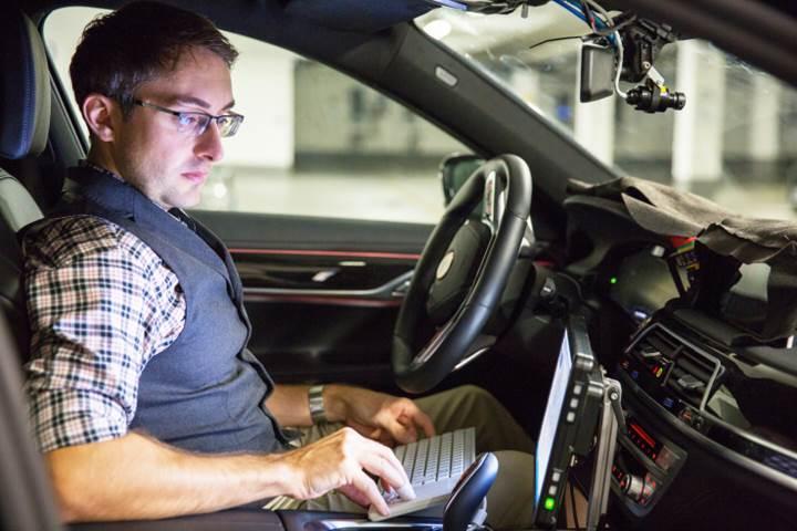 BMW Münih yakınlarında otonom araç geliştirme merkezi açıyor