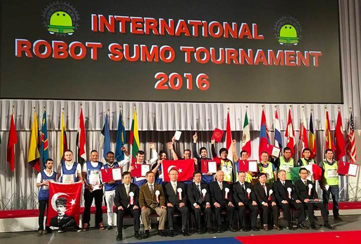 Karabük Üniversitesi öğrencileri robot yarışmasında dünya şampiyonu oldu