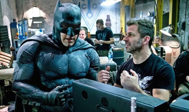 Ben Affleck yeni Batman filmini yönetmeyebilir