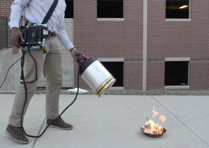 Ses dalgaları yayarak yangını söndürebilen cihaz geliştirildi