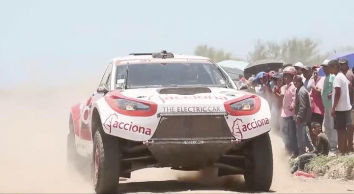 İlk defa bir elektrikli araç Dakar Rallisini tamamlamayı başardı