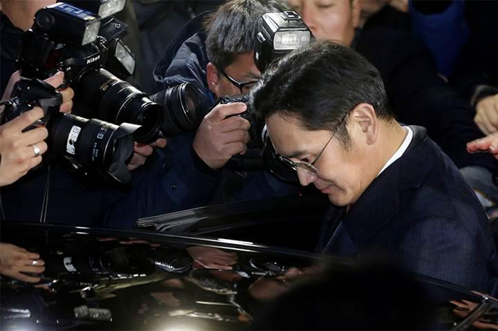 Samsung'dan rüşvet iddialarına yanıt geldi