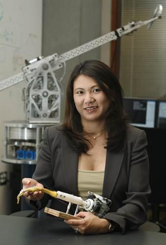 Apple'dan ayrılan robot profesörü Yoky Matsuoka Google'a döndü