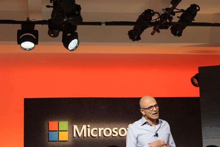 Microsoft 17 yıl aradan sonra 500 milyar dolarlık değere ulaştı