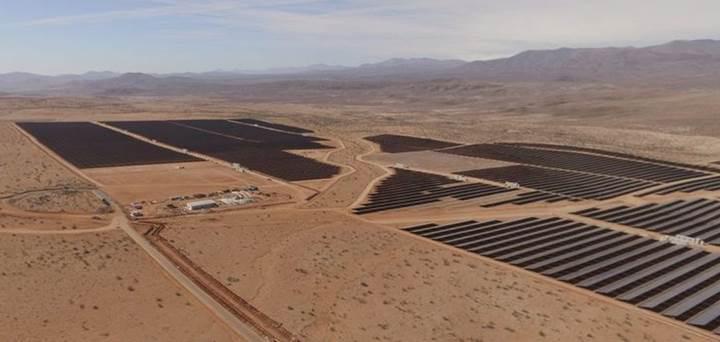 Google, Güney Amerika'nın en büyük güneş enerjisi tesisinden güç alacak