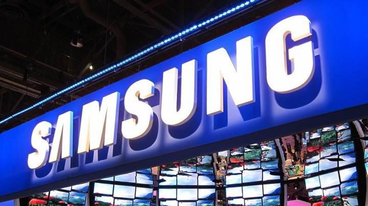 Samsung da Trump'ın vergi tehditlerine boyun eğdi